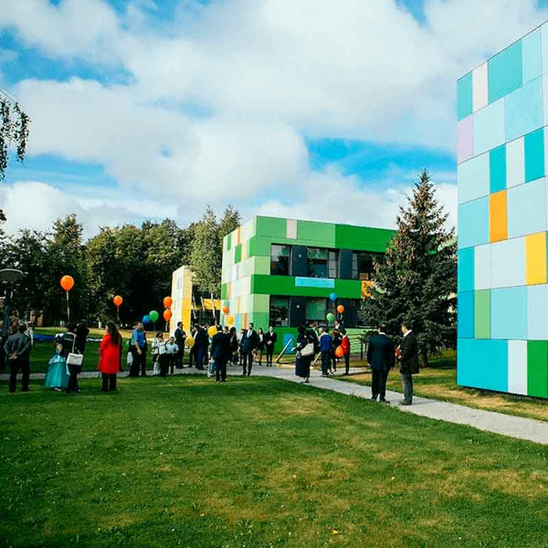 Parent meeting and Knowledge Day in CIS Skolkovo